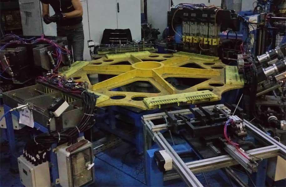 Bulaşık Makinesi Döner Tablalı Tel Kaynak Makinesi Otomasyonu
